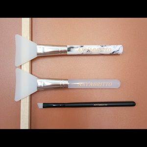 Other - 3 silicone brushes:eye linerfacialmask+foundation